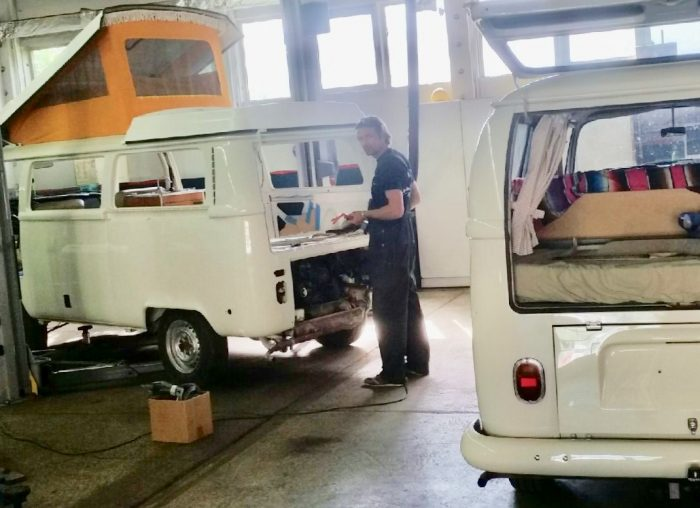 T2 komplettieren VW Bus Checker