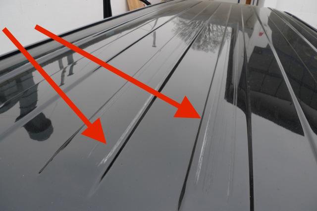 VW BusChecker besichtigt das Angebot genau für Sie vor Ort Dach VW Bus T5 mit Schrammen
