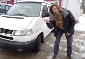 Bus Checker lockt mit besonders netten VW Bus Angeboten