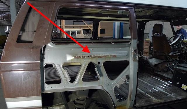Seitenteil rechts VW Bus T3 einschl Laufschiene Schiebetuer restauriert