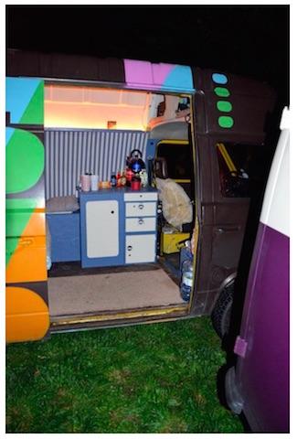 T3 Fotobus Ausstattung innen Blick nach vorne