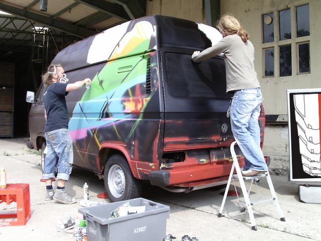 T3 Graffiti Fotobus VW BusChecker get n ready
