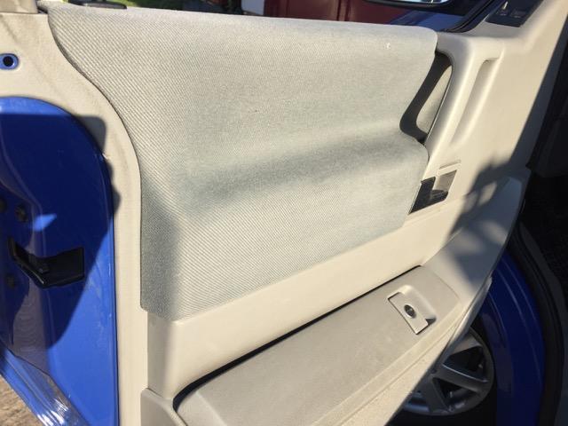 VW Bus T4 Seitenverkleidungen reinigen fertig und sauber mit Tipps vom BusChecker