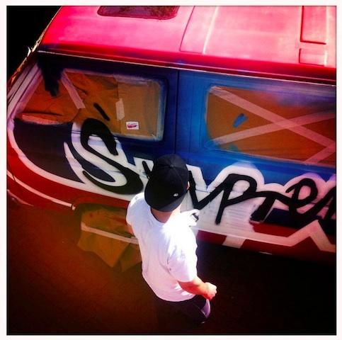 VW Bus graffity auf skatecontest 05 2012