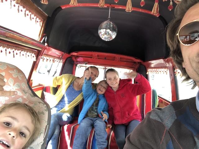 VW Bus hippie style BusChecker