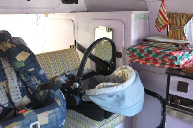 VW Bus T3 Dreipunktgurt hinten extra lang fuer Babyschale