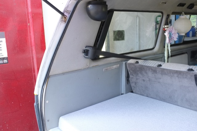 VW Bus T3 Multivan Dreipunkt Gurte hinten guenstig nachruesten
