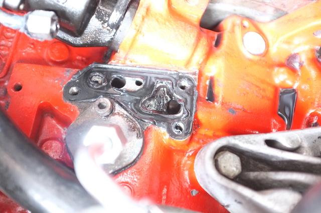 T3 1.9 TD Anschluss Ölfilterflansch VW sieht hier eine Dichtung vor