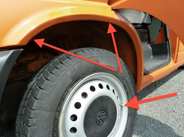 T4 Syncro kaufen mit FAN360 deutlich zu erkennen überlackierte Radhäuser und überlackiertes Felgenventil 04 2013