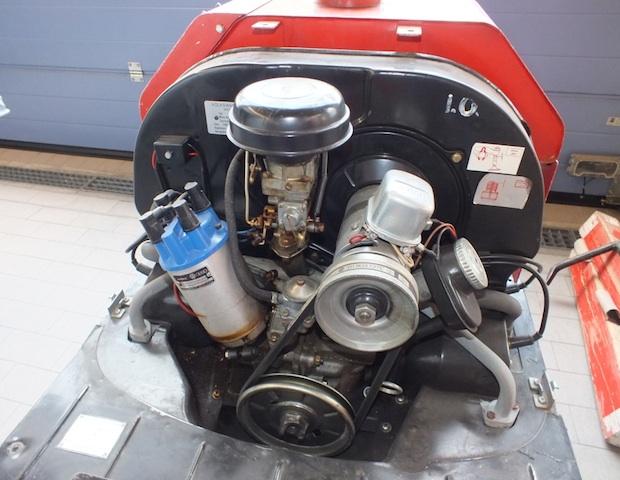 Tragkraftspritze Firma Ziegler Basis VW Bus Motor per Luft gekuehlt