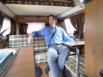 VW Bus T2 Dreipunktgurte hinten fertig eingebaut VW Bus FAN360 angeschnallt