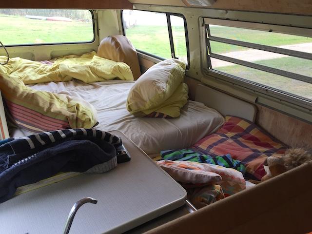 VW Bus T2 Zusatzbett selbern baun mit dem BusChecker