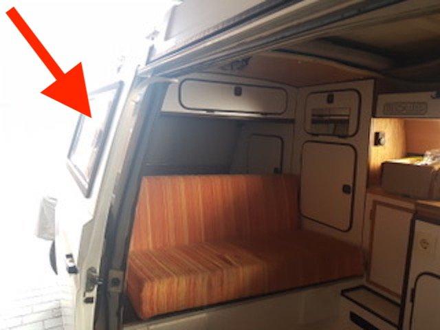 VW Bus T3 Gurte hinten nachuesten mit TUEV