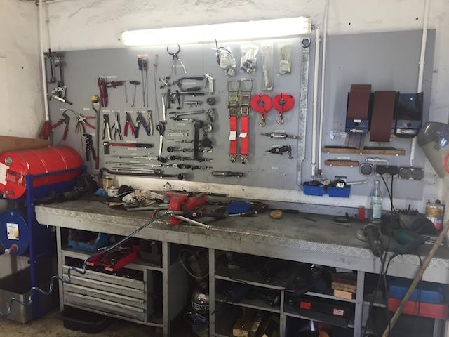 ordentliche Werkstatt lässt auf versierte Mechaniker schliessen