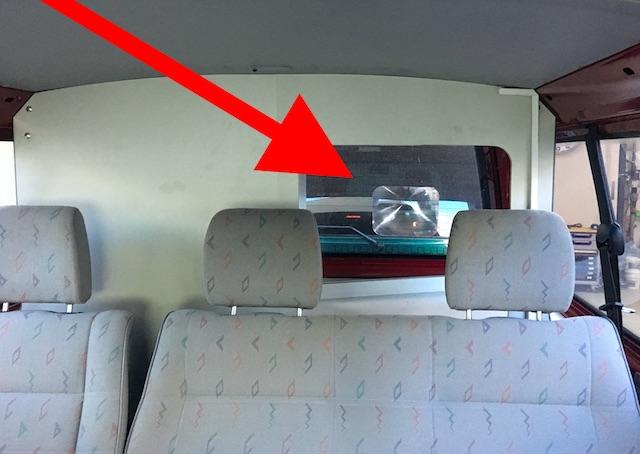 Blick in Fresnel Linse im VW Bus T4