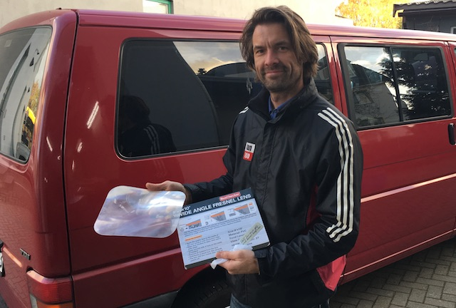 Fresnel Linse Rueckfahrhilfe im VW Bus