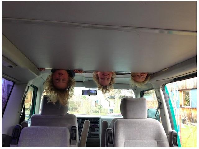 T4 KlappDachCamper kaufen mit dem BusChecker Referenz Famile von Fabienne aus der Schweiz