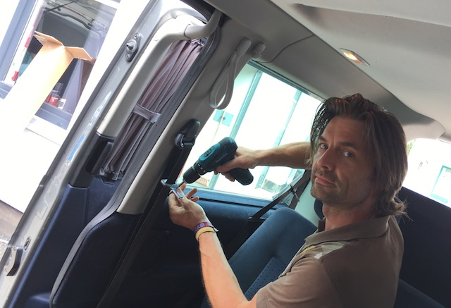 VW Bus Gardine im Test mit dem BusChecker