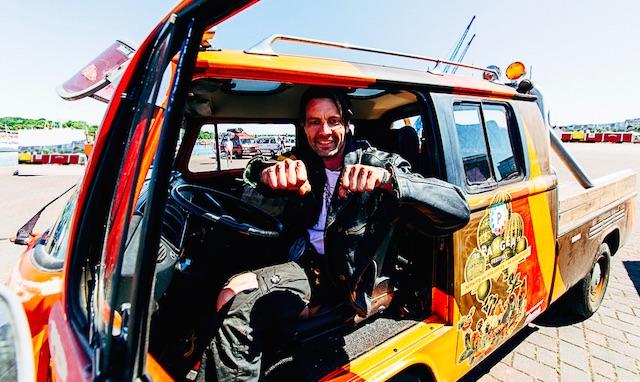 T2 Doppelkabine BusChecker alias RechtSchraibPunk