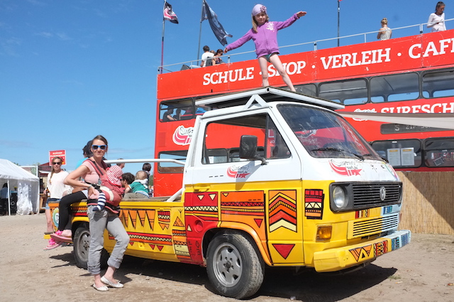 VW Bus T3 Brettershuttel wird jedes Jahr auf dem zuparken betanzt