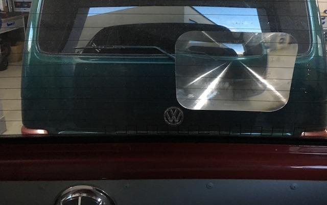VW Bus T4 Rueckfahrhilfe Fresnel Linse von Sitzbank letzter Reihe