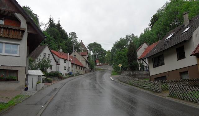 Anfahrt Hauptstrasse Messstetten Steigung 20 Prozent
