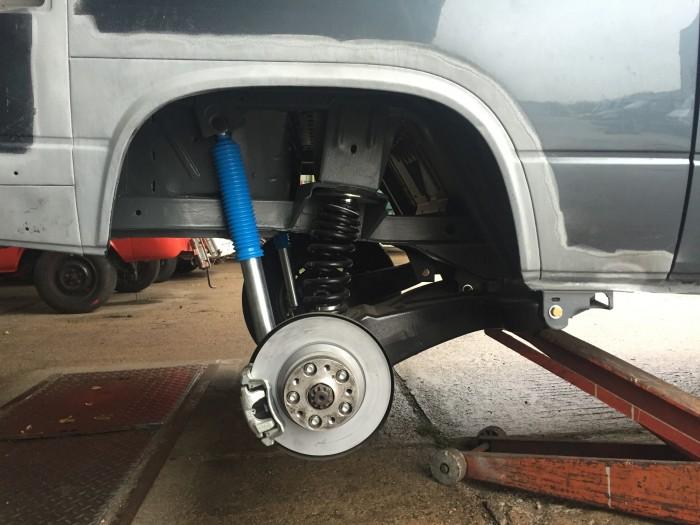 VW Bus T3 Kotflügel hinten Radhaus vergrössert