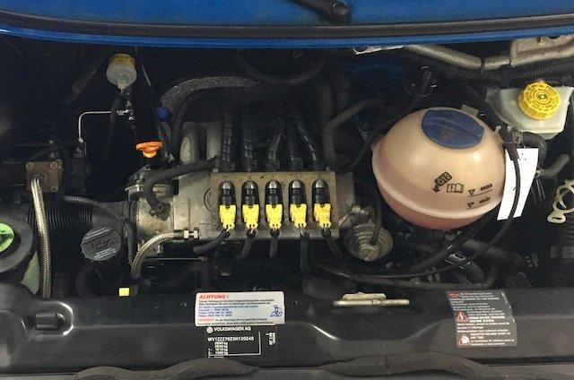 Motorraum VW Bus T4 Umbau auf Erdgas Freigabe Volkswagen
