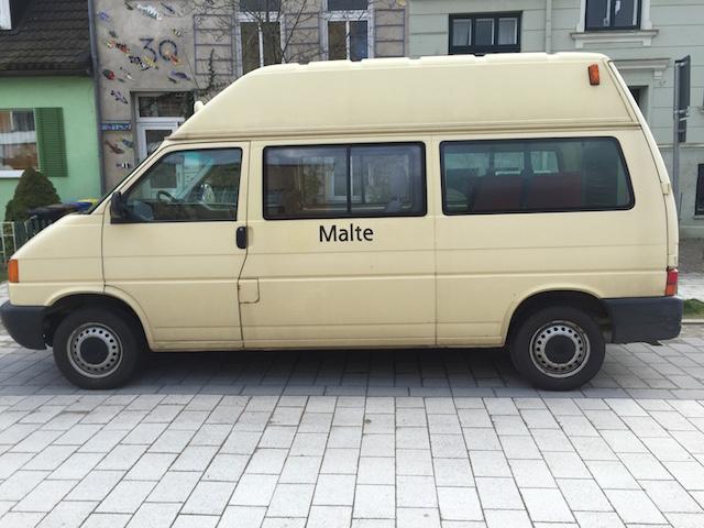 VW BUs T4 Transporter Serienfahrwerk schon recht hoch