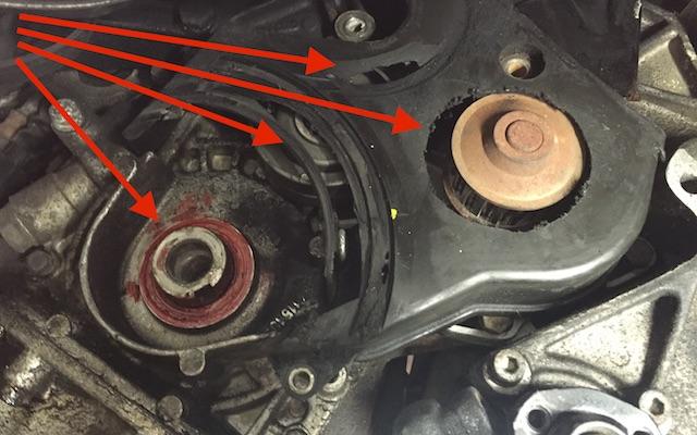 VW Bus T4 Benziner falsche Zahnriemenabdeckung verbaut
