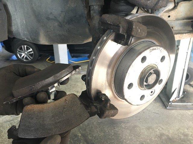 T4 Bremse vorne komplett Discount Preis