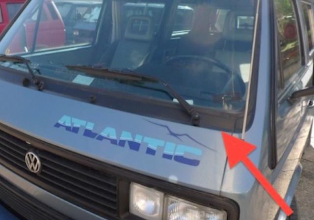VW Bus T3 Scheibenrahmenflickwerk kann gut getarnt werden