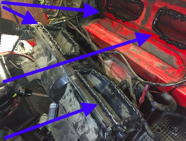 VW Bus T3 massiver Frontschaden macht sch durch nicht funktionierende Innenraumlüftung bemerkbar