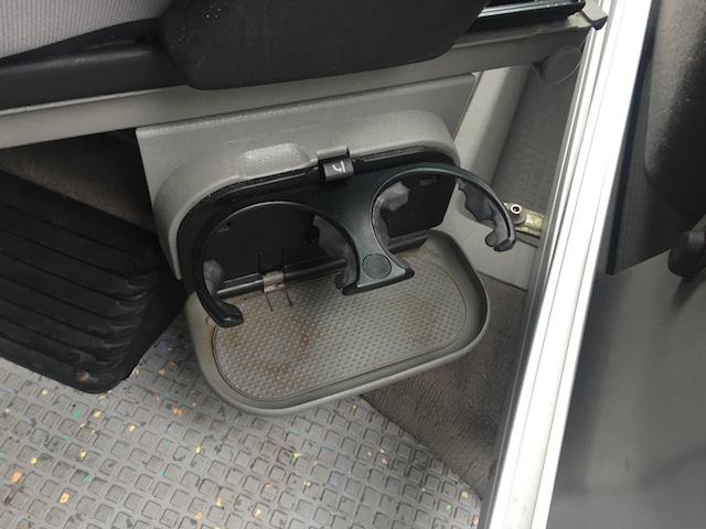 Getränkehalten am Beifahrersitz T4 Camper
