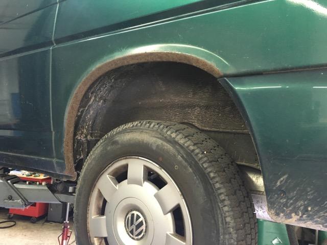 VW Bus T4 Seitenteil Radlauf Rost extrem