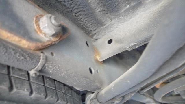 VW Bus T4 Unterboden Überlappungen der Blechteile an denen sich Rost bildet