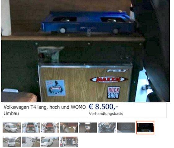 VW BUs ohne Schiebetuere Bild wie Blick durch Schiebetuere