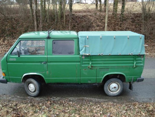 VW Bus T3 Doka Syncro 1.6 Td SupremeSurf links aussen 02 2012