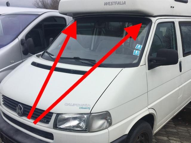 VW Bus T4 Scheibenrahmen oberhalb bei den Campern Rostanfällig
