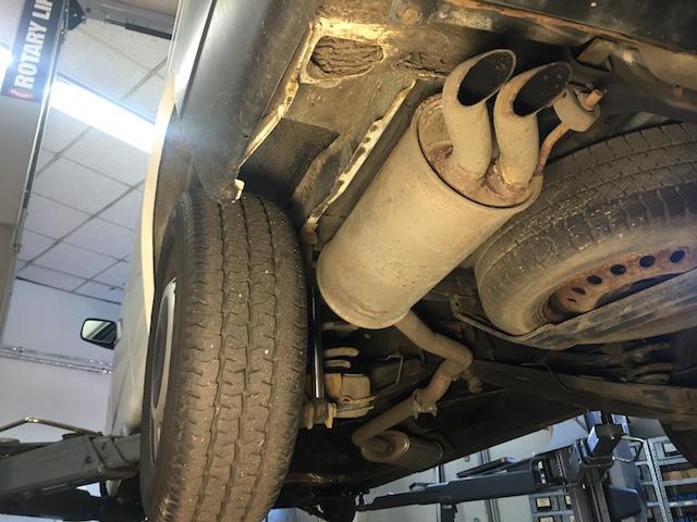 VW Bus T4 Unterboden gut erhalten