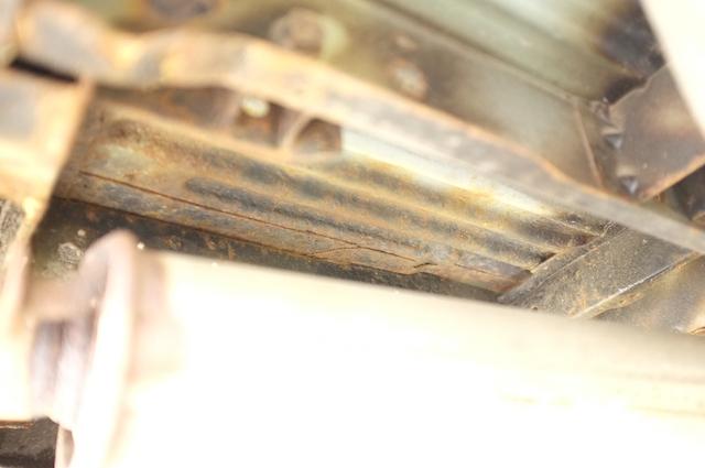 VW Bus T4 Unterboden stark verrostet