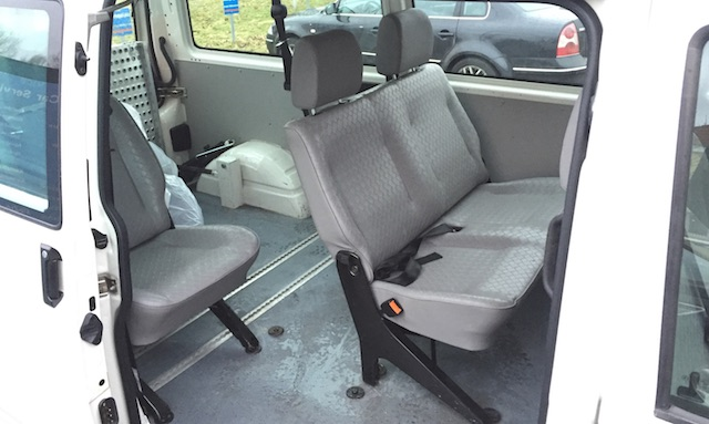 VW Bus T4 hoch und lang mit Platz für Eigenausbau
