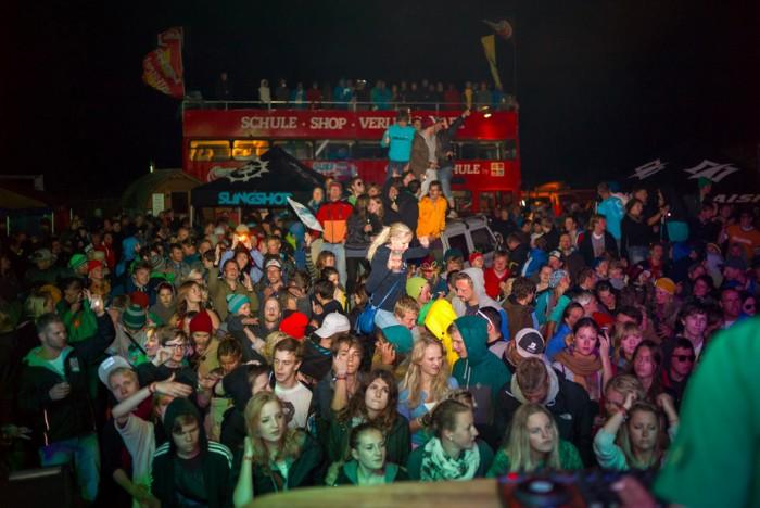 zuparken 2012 Partyzone vor der Bühne