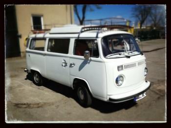 VW Bus T2 Luxus ausleben mit dem BusChecker