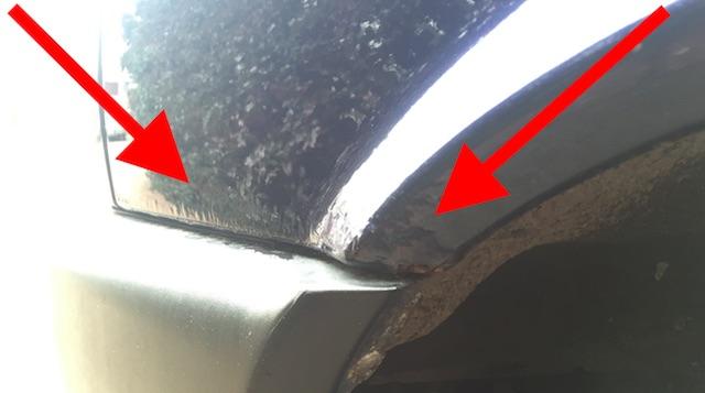 VW Bus T4 Kotfluegel vorne von Innen nach Aussen durchrostet