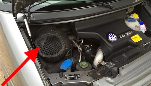 VW Bus T4 Motorraum wurde nicht fuer den Verkauf aufbereitet