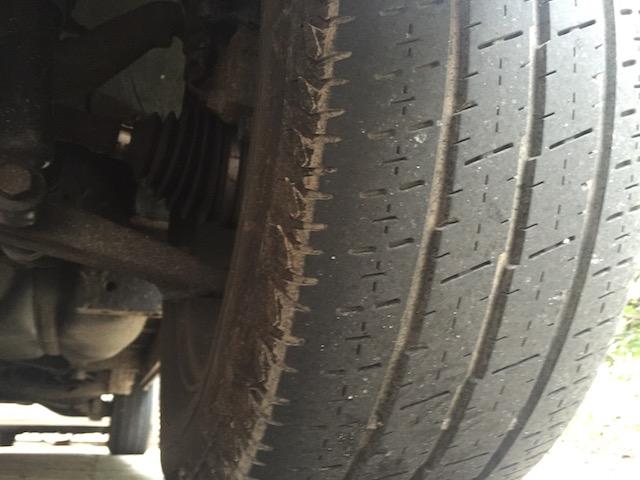 VW Bus T4 Reifen innen abgelaufen