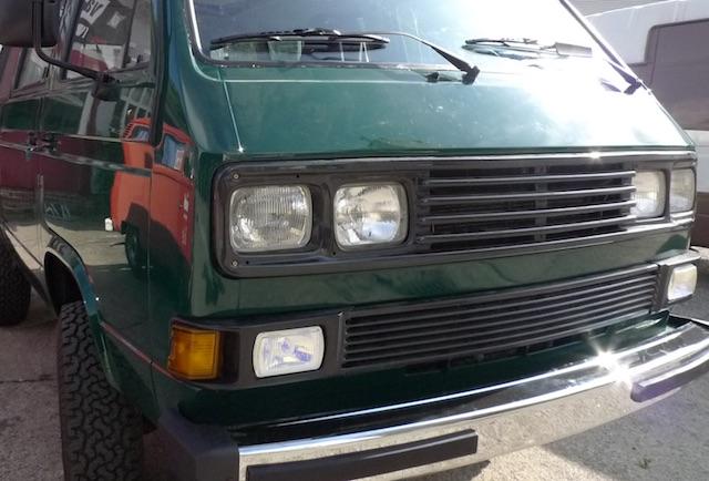 vw-bus-t3-syncro-restaurieren-unter-bus-checker-obhut