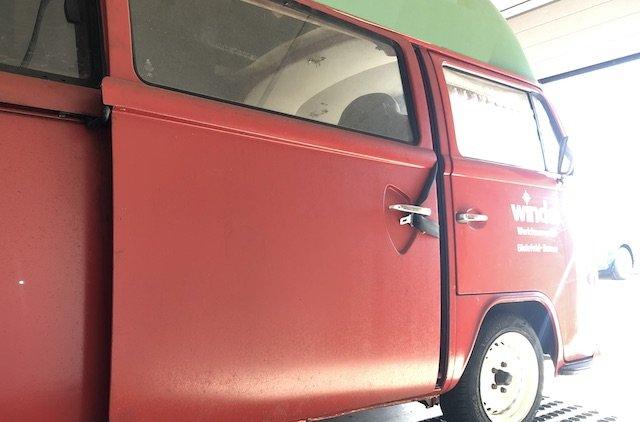 Hitzekoller VW Bus T2 Fondpassagiere