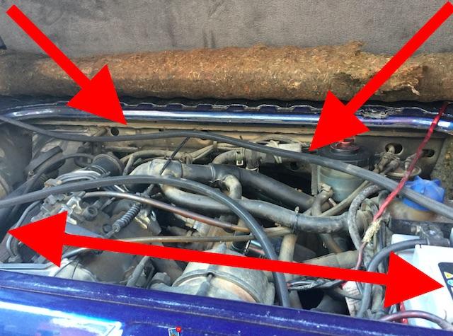 Motorraum begutachten beim VW Bus T3 1.6 TD